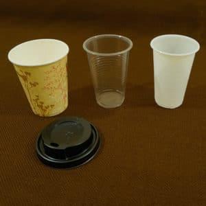 vienkartiniai puodeliai